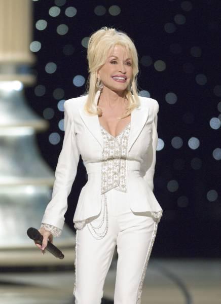 Dollymania: The Online Dolly Parton Newsmagazine. Your ...